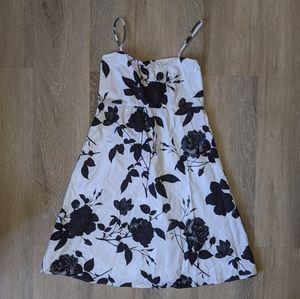 Black and white floral Jessica Simpson dress XXS